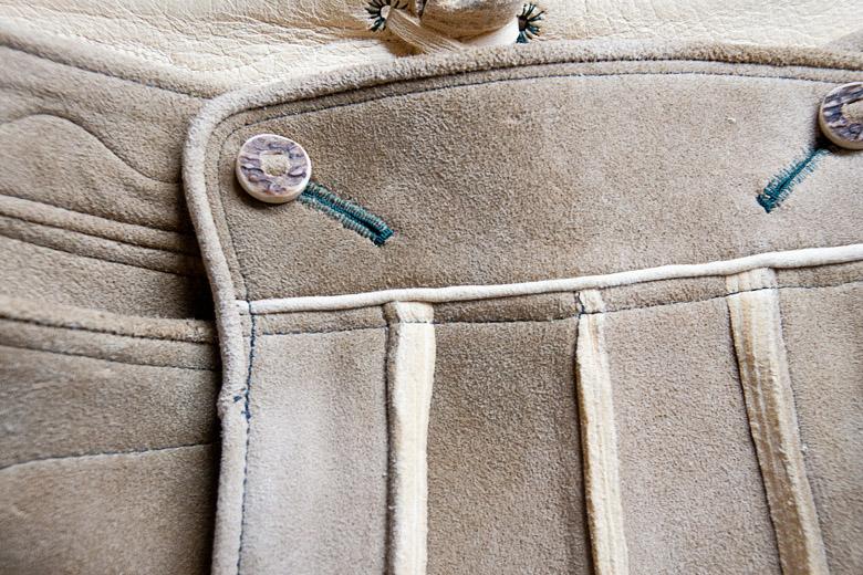 Ausseer Lederhose aus sämisch gegerbtem Leder